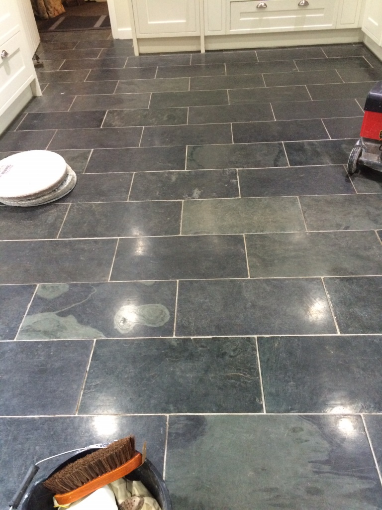 Floor restoration stone cleaning and polishing tips for slate floors varnished brazilian slate tiles before cleaning dailygadgetfo Choice Image