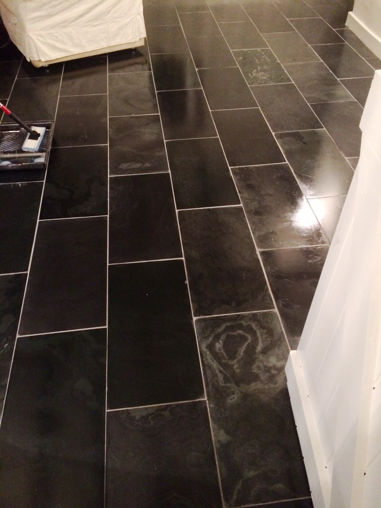 Varnished Brazilian Slate Tiles Sealing